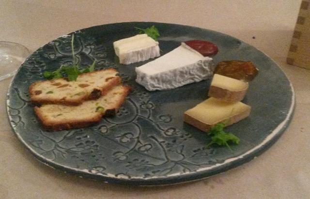 plaou cu brânzeturi